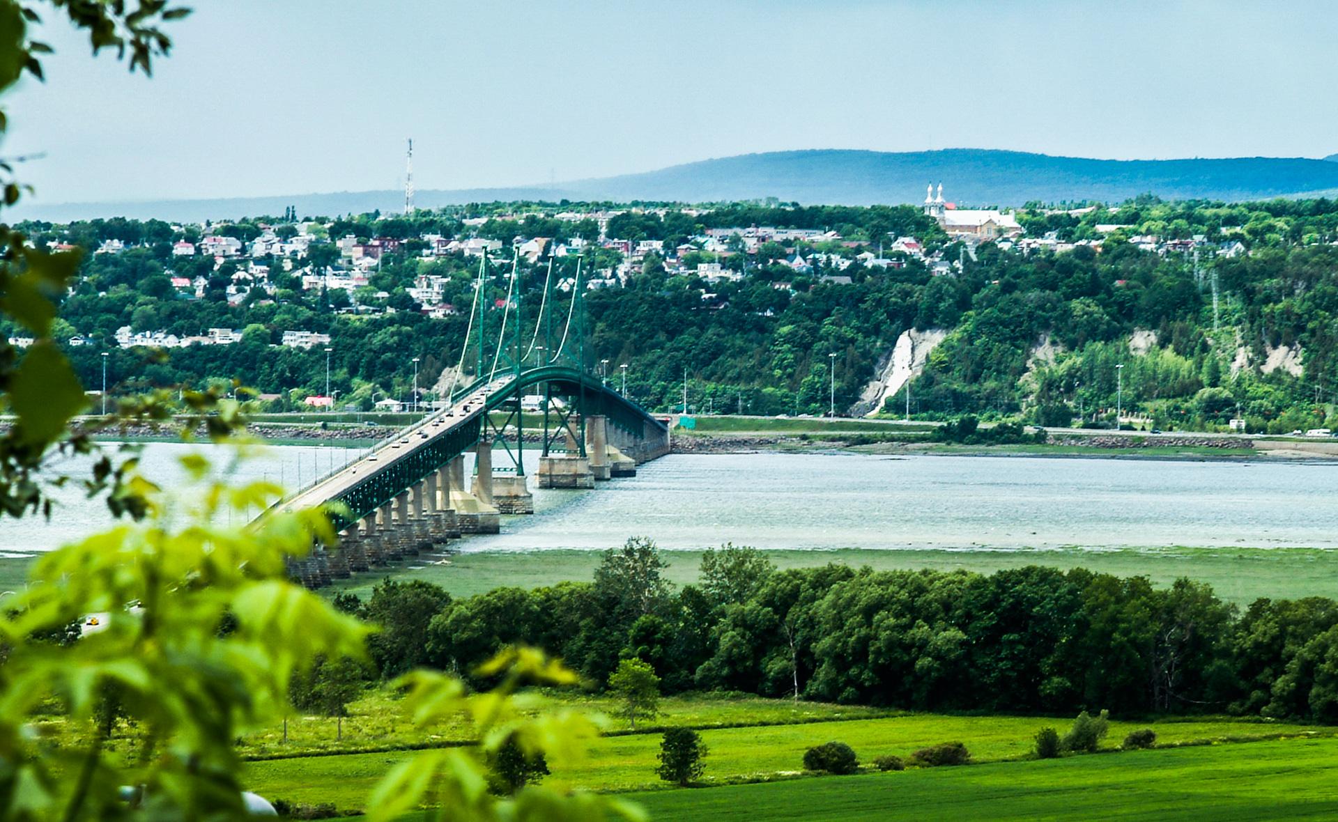 Pont-Ile-D'Orleans