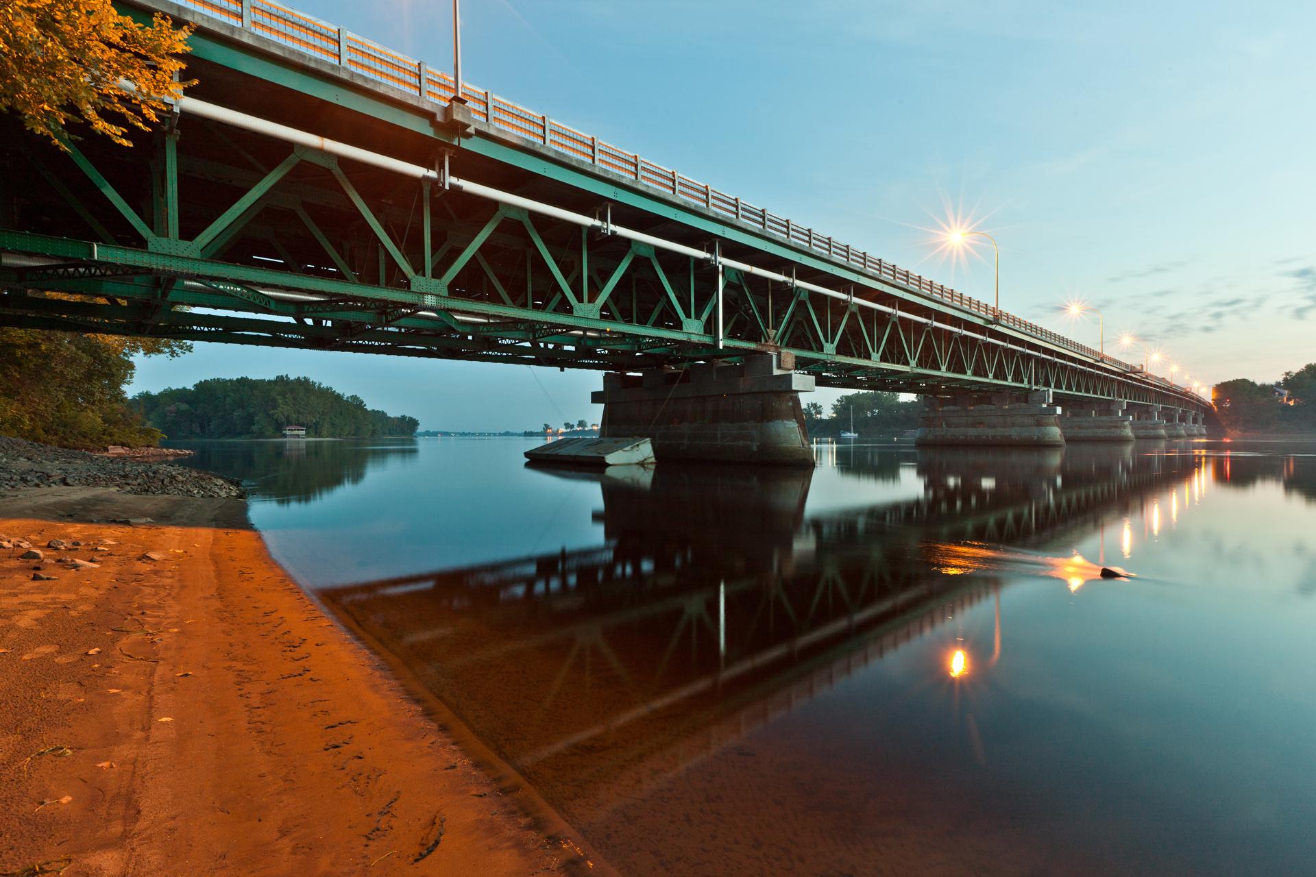 Opron Constructions Pont Trois-Rivieres